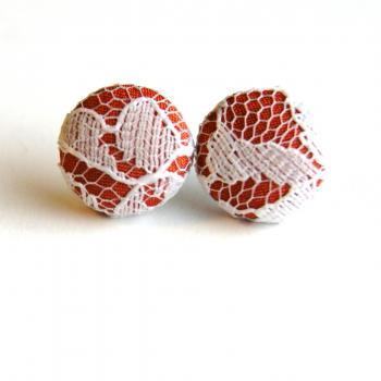 Auburn and White Lace Fabric Button Earrings